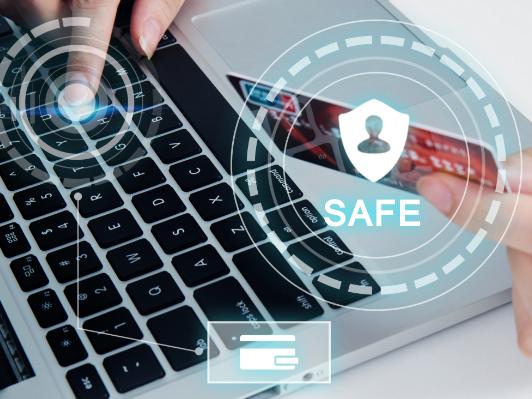 IT行业环境分析:程序员马路上写代码被偷拍 网友:为什么非要在车流中改代码