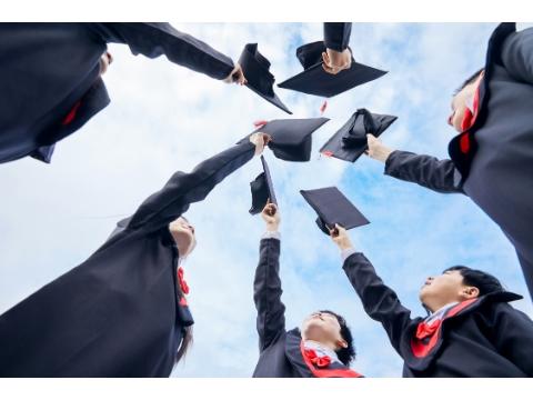 毕业之后先就业还是先择业?